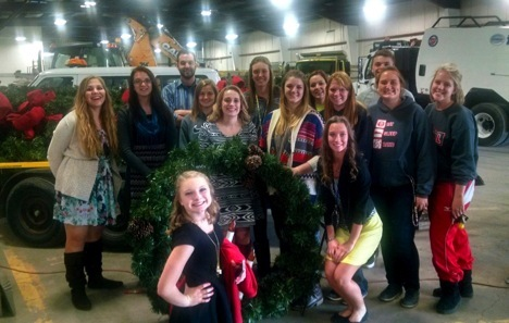 Thirteen members of the Van Wert High School Beta Club recently assisted Main Street Van Wert with preparations for the upcoming Christmas season. Students helped replace broken and/or burned-out bulbs on the 36 wreaths used to decorate the city. VWHS Beta Club focuses on character, service, and leadership.  (Photo submitted.)