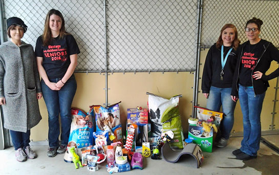 Vantage students give to Humane Shelter 4-2016