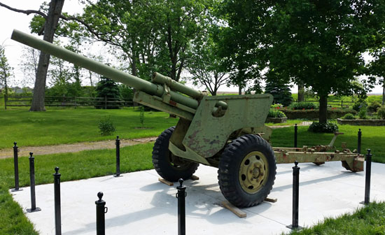 A group is seeking donations to refurbish this 105-mm howitzer for placement in Memorial Park near Venedocia. (photo submitted)