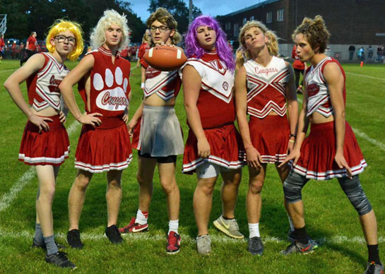 2016-powder-puff-game-cheerleaders