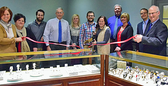 laudicks-ribboncutting-1-10-17