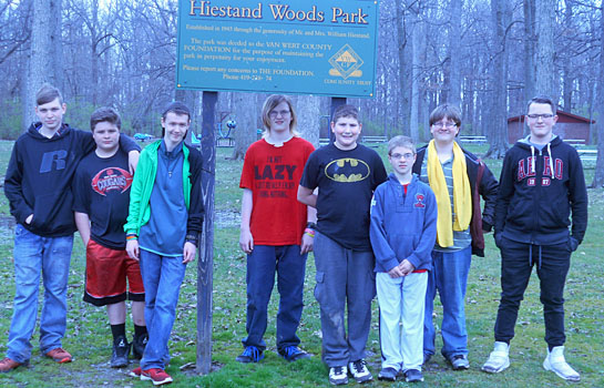 LifeLinks students at Hiestand Woods 4-2017
